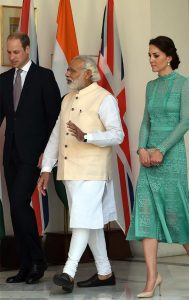 kate-middleton-in-india_650x1030_61460467694