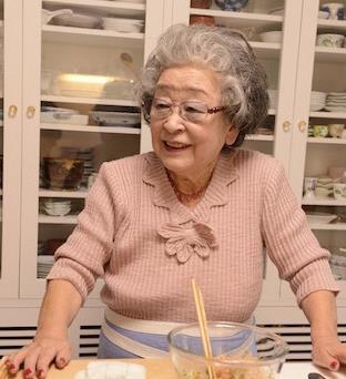鈴木登紀子ばぁばが可愛い!93歳料理研究家の人気と心がけ!