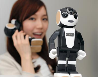 ロボホンの大きさや価格、動画と性能を公開!ロボット型携帯電話がレンタルも凄い!