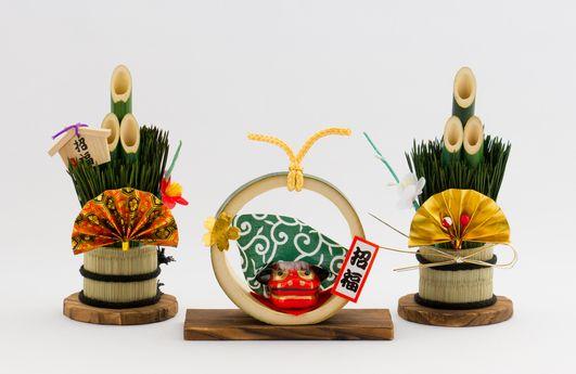「はがきデザインキット」年賀状は日本郵便がオススメ!ソースネクストが筆まめを子会社化!