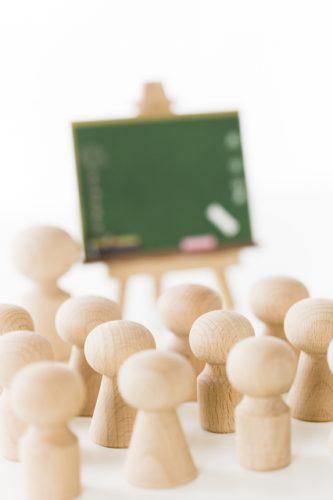 塾と家庭教師はどっちがイイの?メリット&デメリットと月謝・費用を紹介!